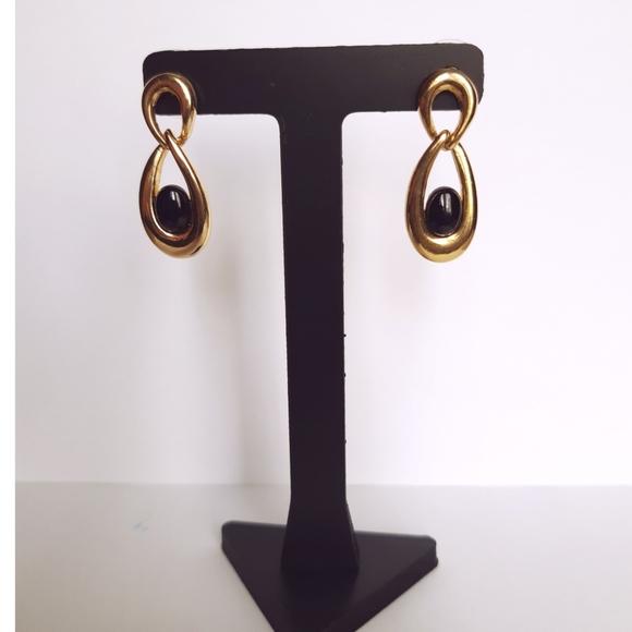 Vintage Black Enamel Gem Gold Tone Earrings